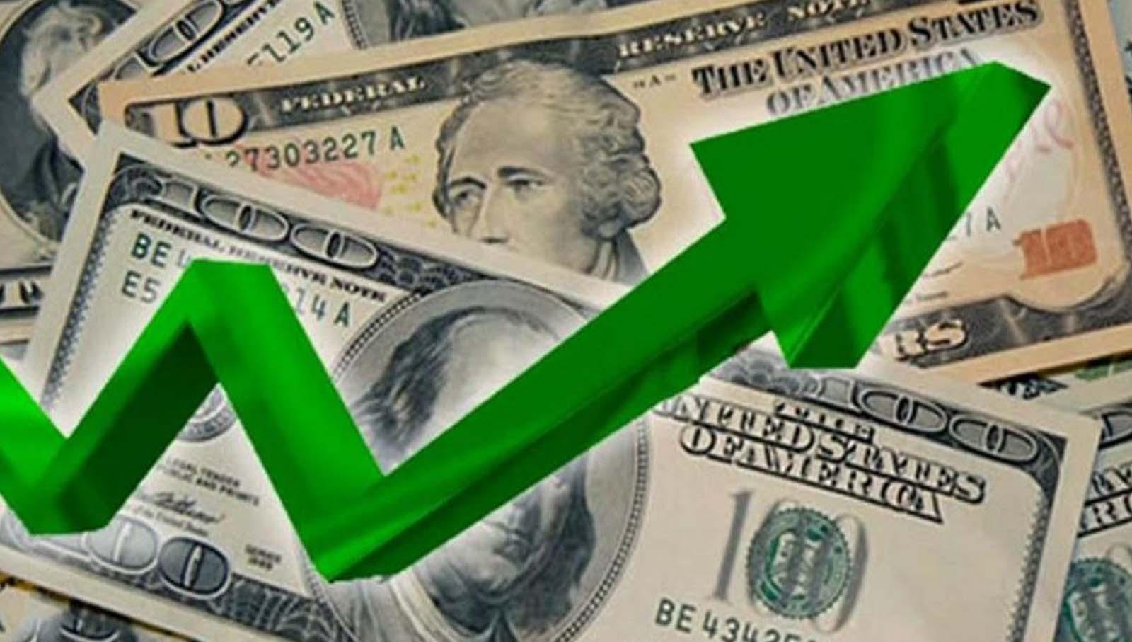 Dólar vuelve a subir y cierra en S/: 3.90