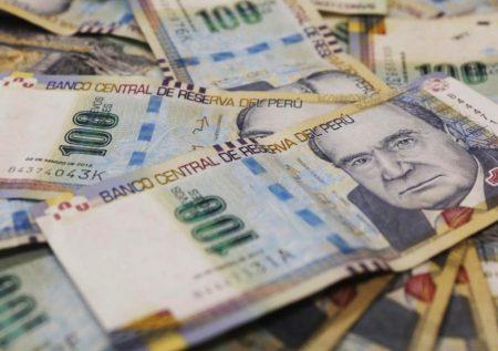 ¿Se avecinan cambios en el sueldo mínimo?